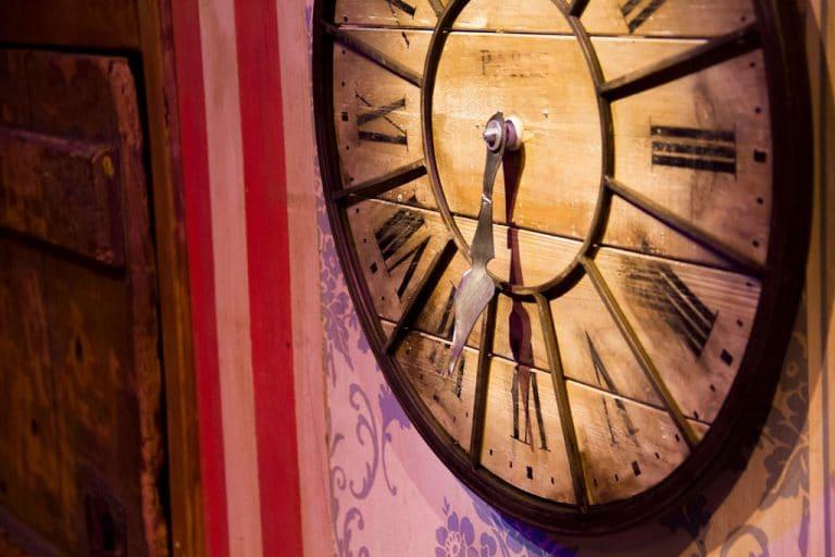 el-circo-de-la-vida-alfonso-palomares-reloj
